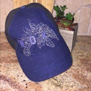 ROXY Dark Blue Weave Baseball Trucker Hat
